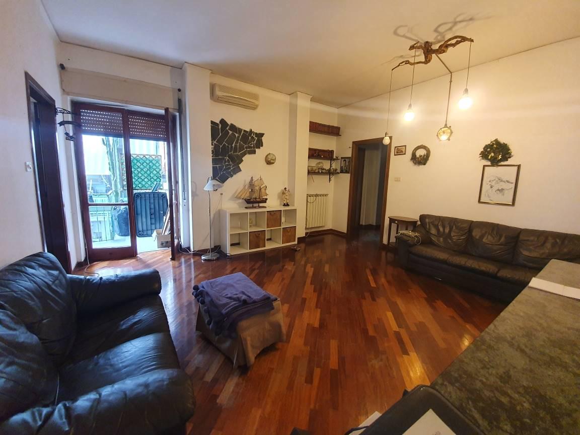 Appartamento in vendita a Bellizzi, 3 locali, prezzo € 108.000 | CambioCasa.it