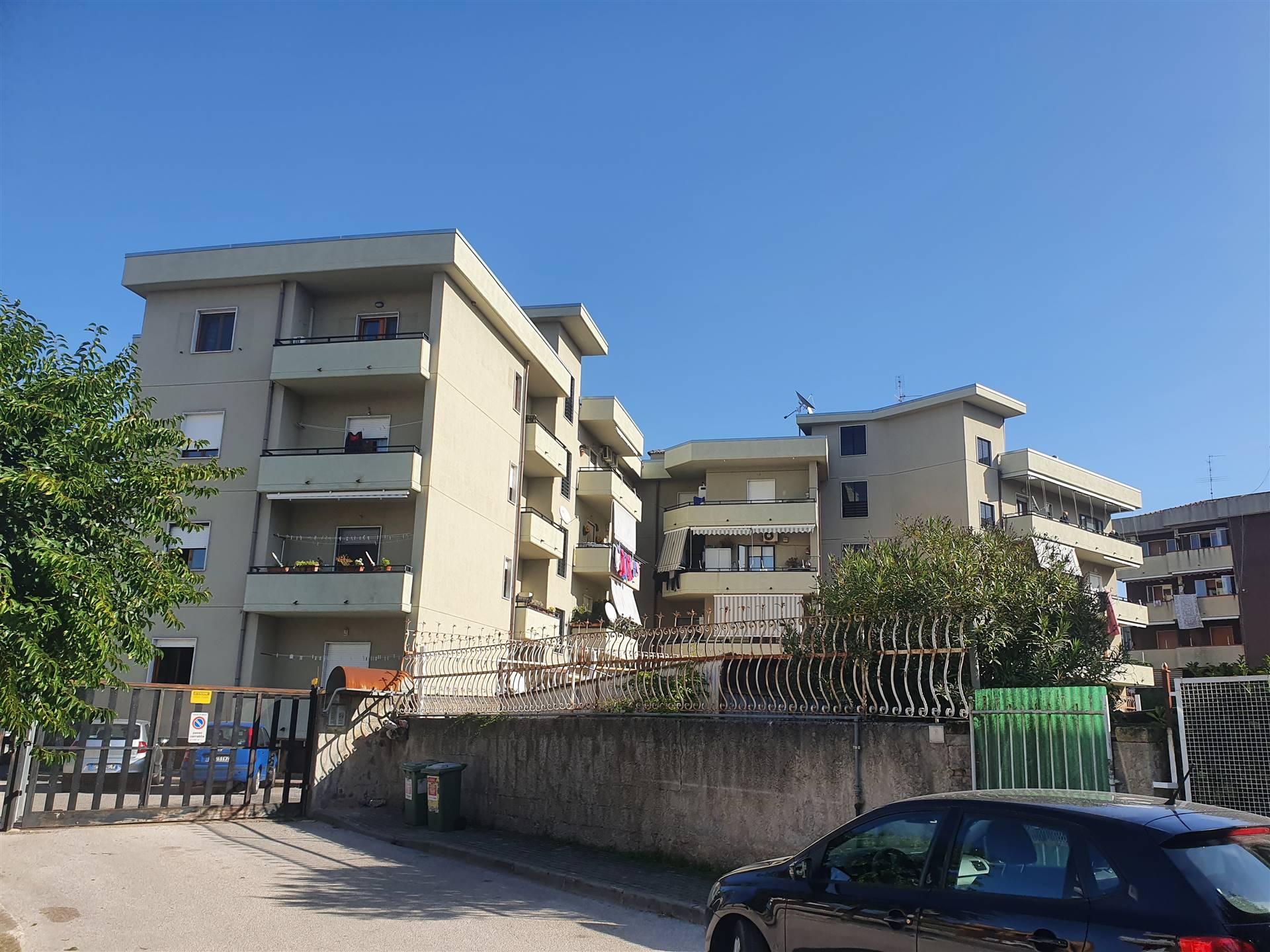 Box / Garage in vendita a Bellizzi, 1 locali, prezzo € 20.000 | CambioCasa.it