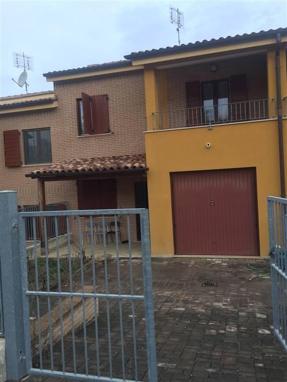 Villa a schiera, Montoro, Filottrano, seminuova