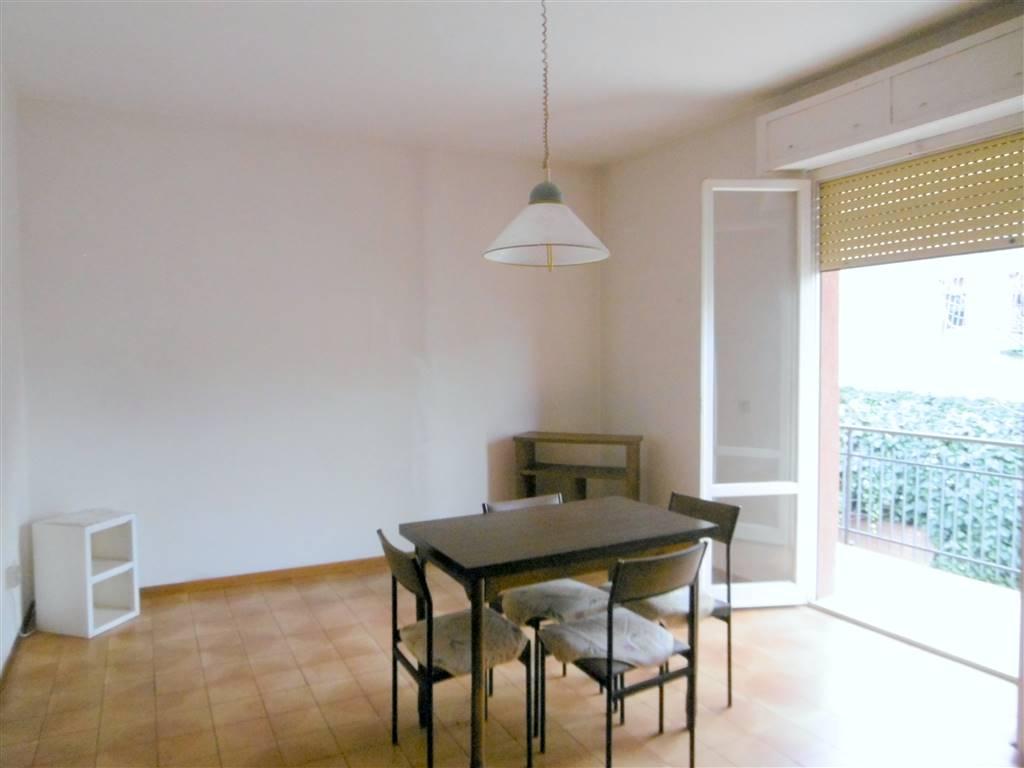 ALL IMMOBILIARE SAS propone in vendita a CASTELFIDARDO in zona SANT'AGOSTINO appartamento con garage in palazzina ristrutturata esternamente 8 ani