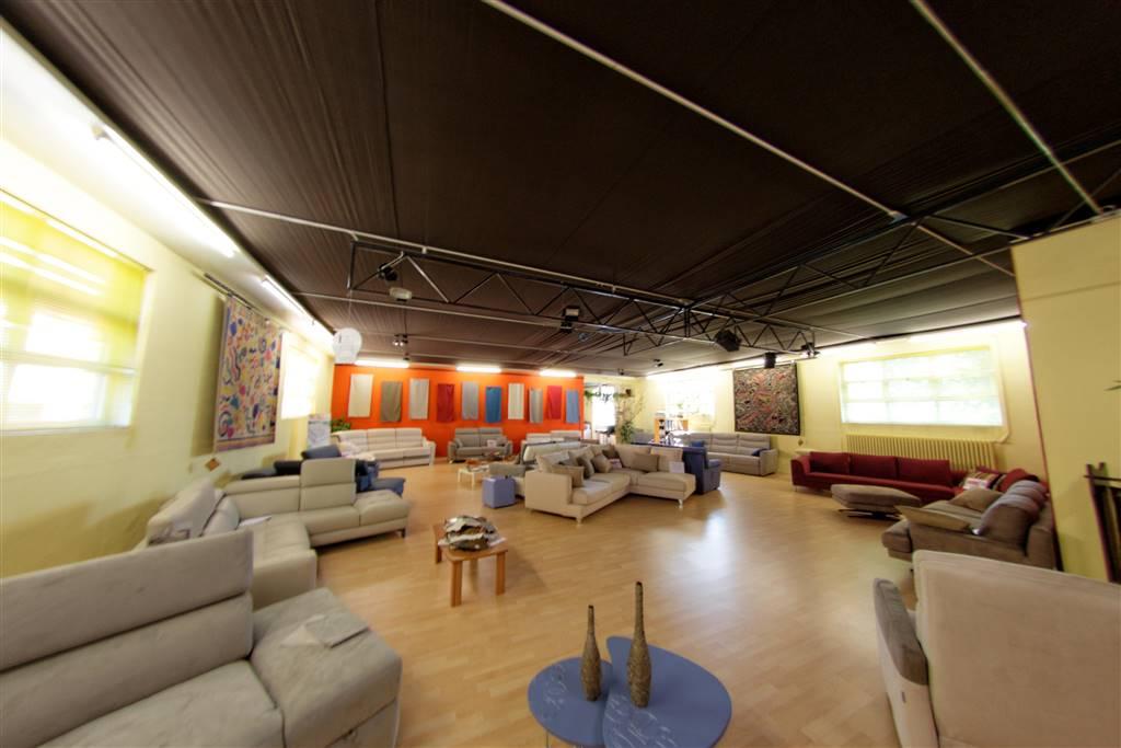 Nuovo Ufficio Samarate : Weready s r l s immobili samarate su risorseimmobiliari