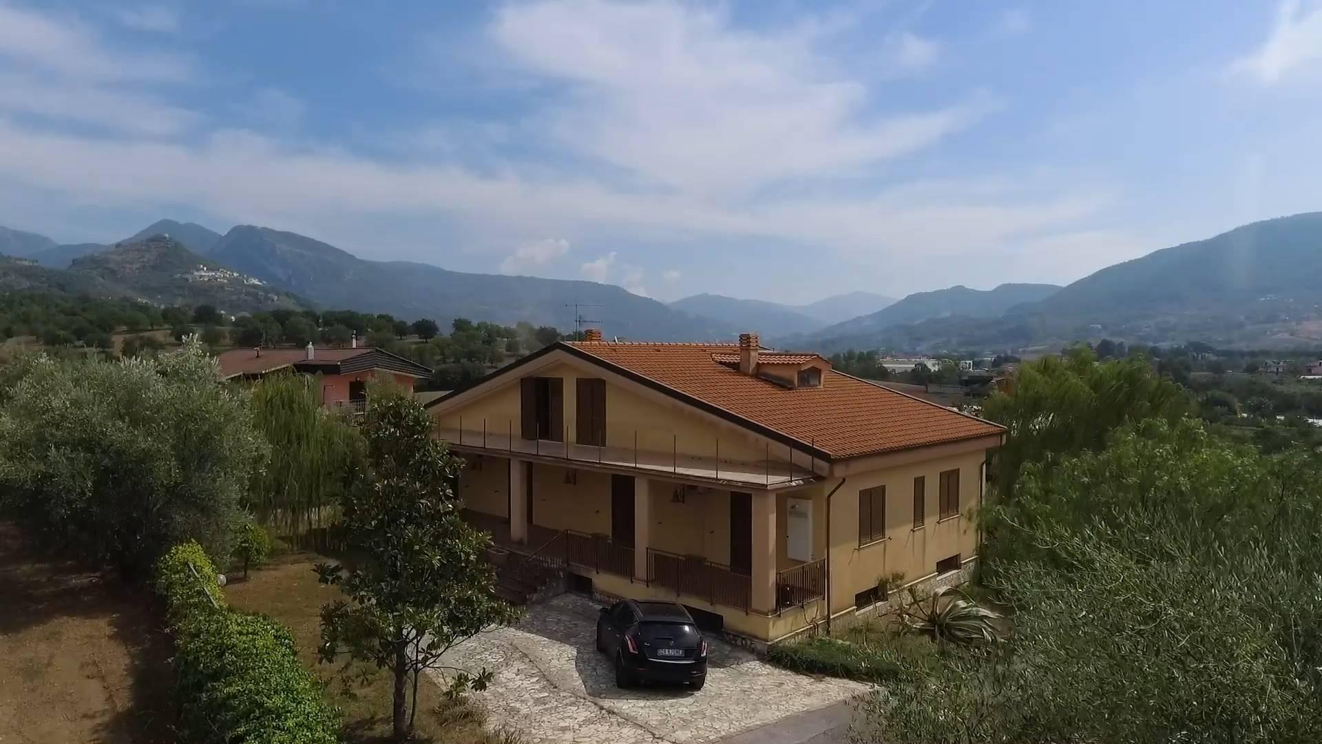 Appartamento in vendita a Giffoni Sei Casali, 6 locali, zona Località: CAPITIGNANO, prezzo € 310.000   PortaleAgenzieImmobiliari.it