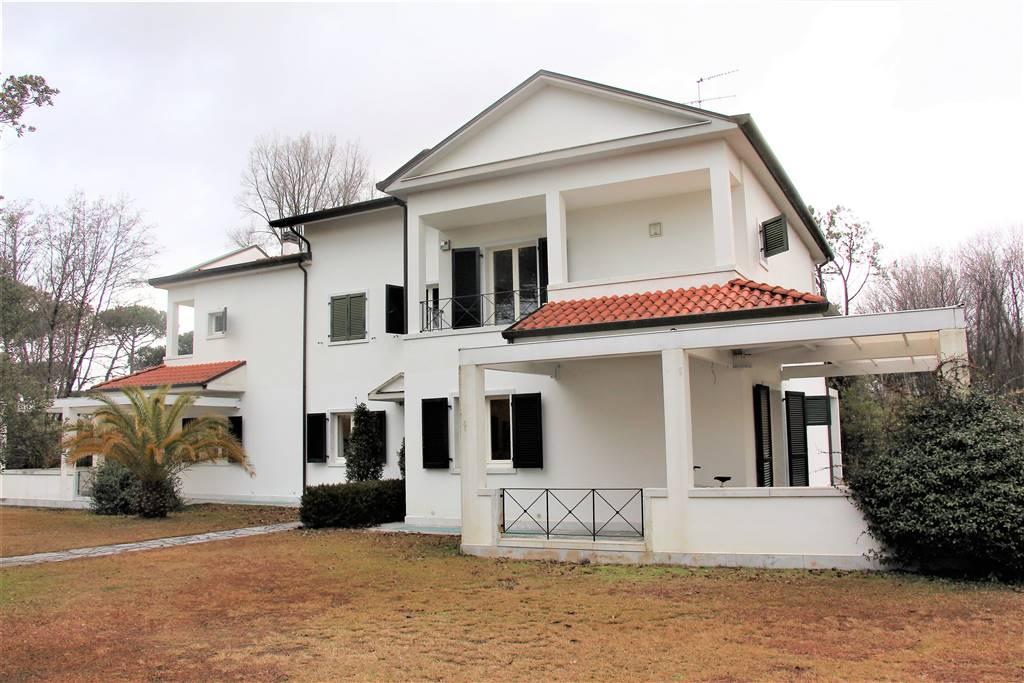 Villa, Poveromo, Massa, in ottime condizioni