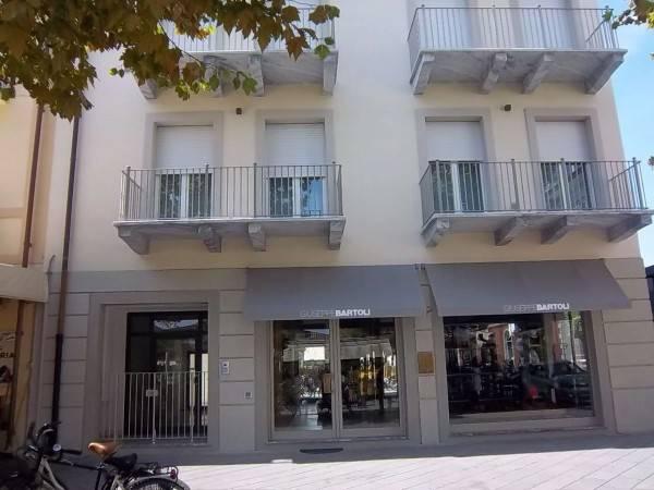 Vendita Appartamento Centro FORTE DEI MARMI (LU)