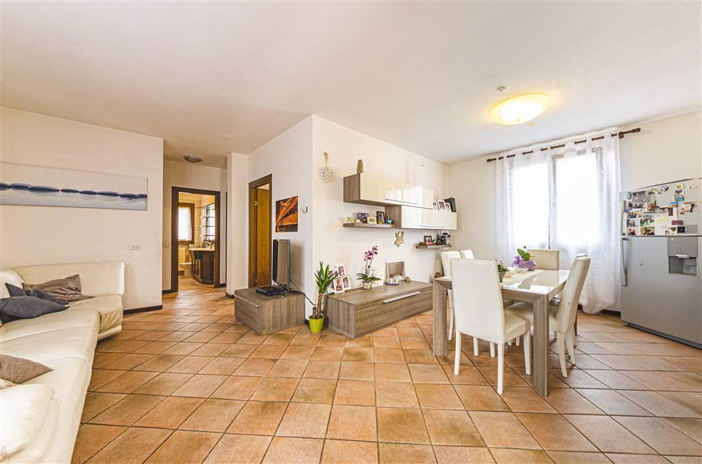 Appartamento in vendita a Martellago, 5 locali, zona ne, prezzo € 165.000 | PortaleAgenzieImmobiliari.it