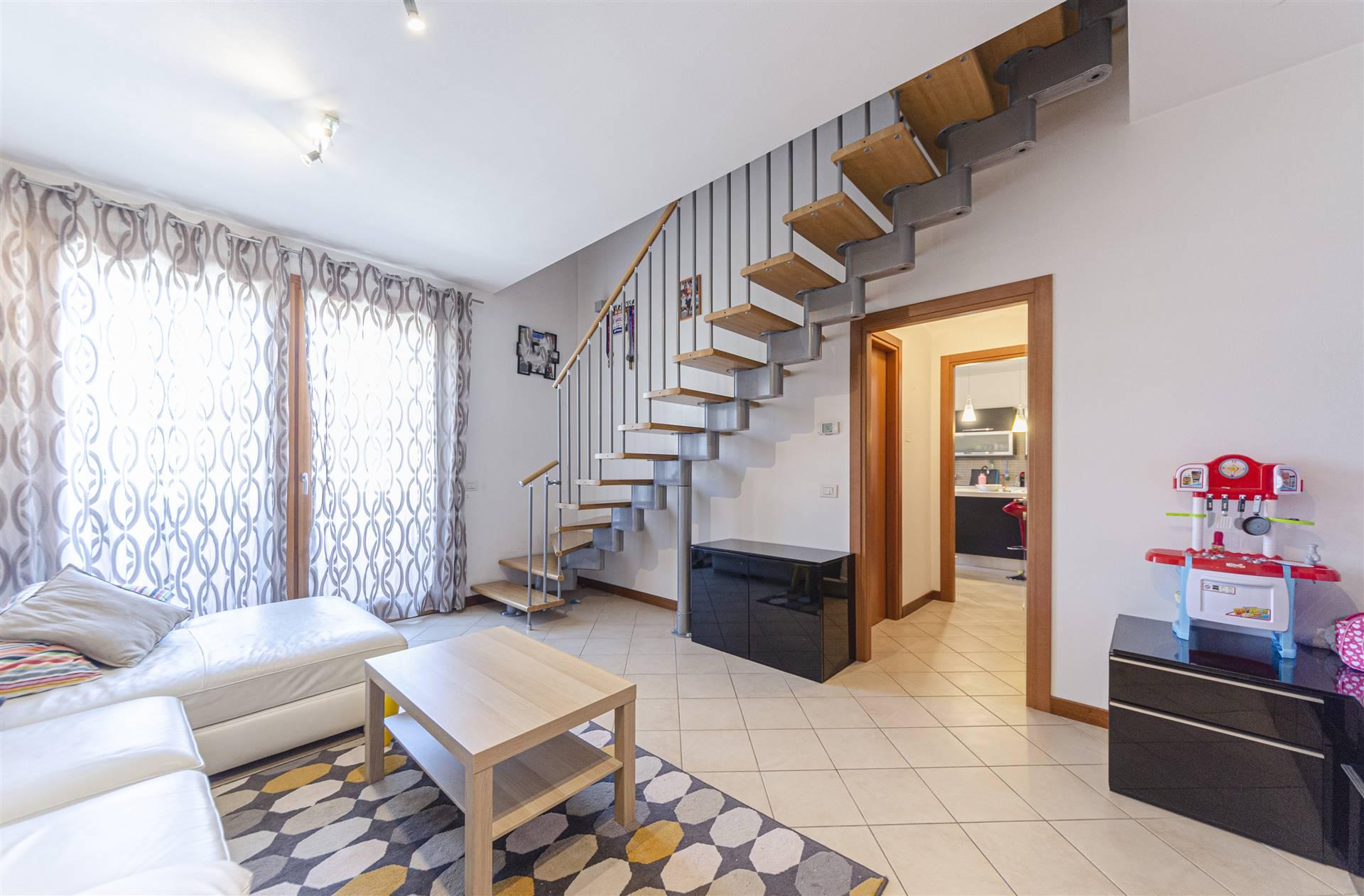 Appartamento in vendita a Santa Maria di Sala, 4 locali, zona Località: VETERNIGO LOCALITÀ: TRE PONTI, prezzo € 173.000   PortaleAgenzieImmobiliari.it
