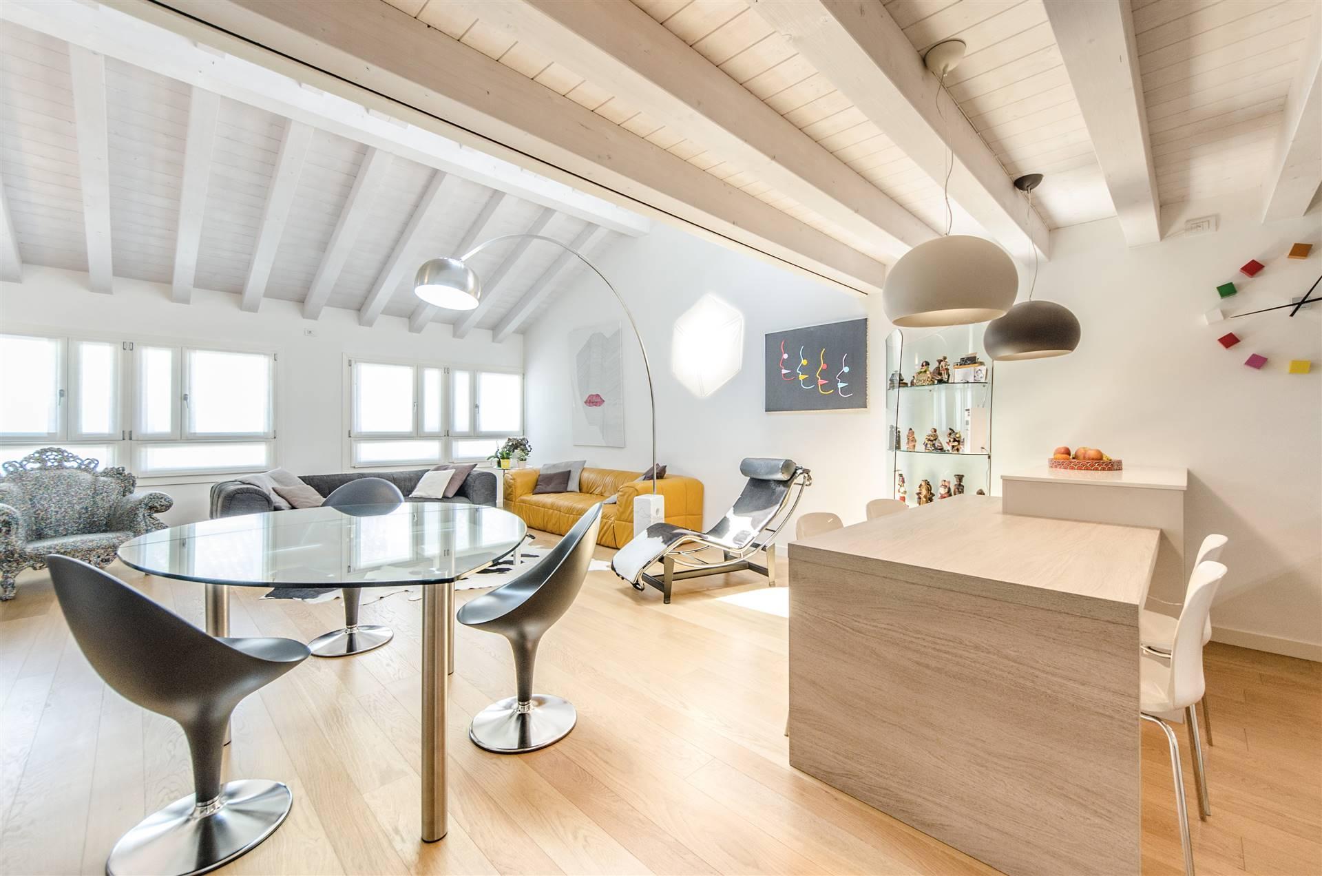 Appartamento in vendita a Mirano, 4 locali, prezzo € 350.000 | PortaleAgenzieImmobiliari.it