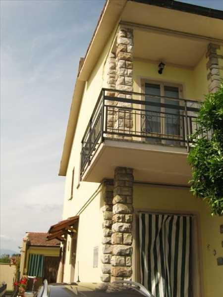 Villa bifamiliare a SIGNA