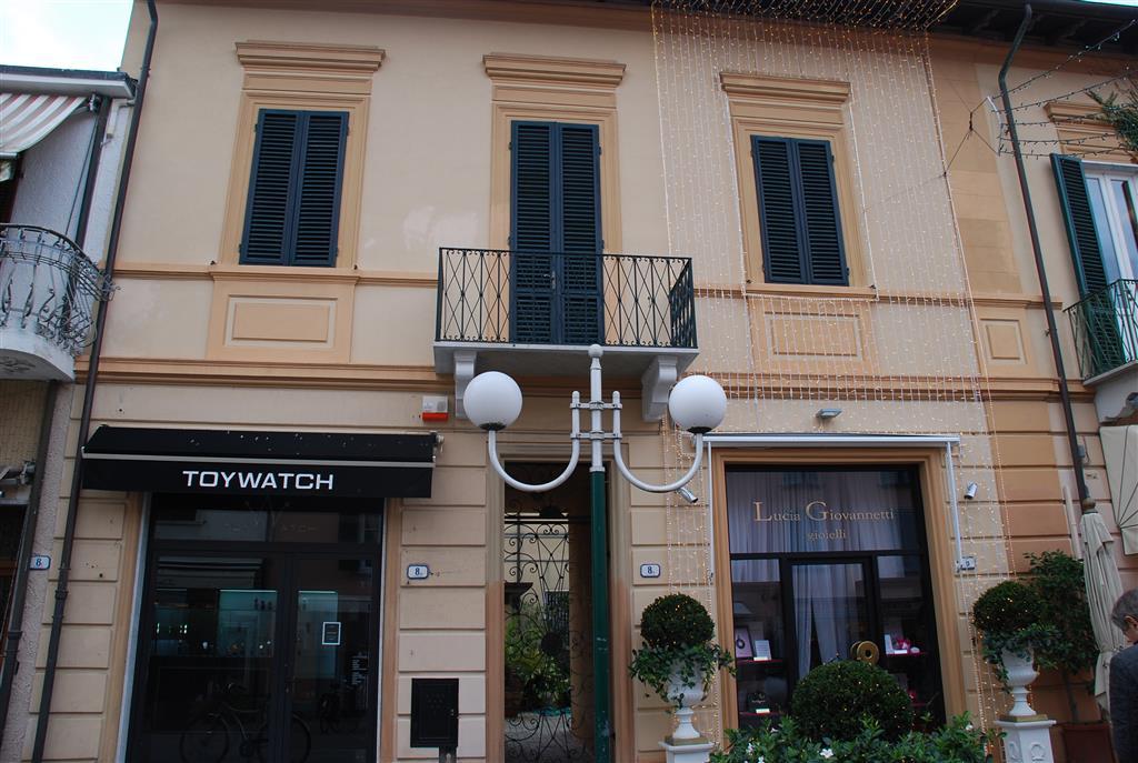 Appartamento in Via Montauti 8/a, Centro, Forte Dei Marmi