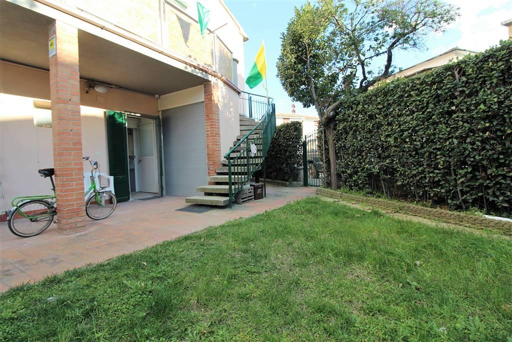 Casa semi indipendente in Via Palermo  20, Follonica