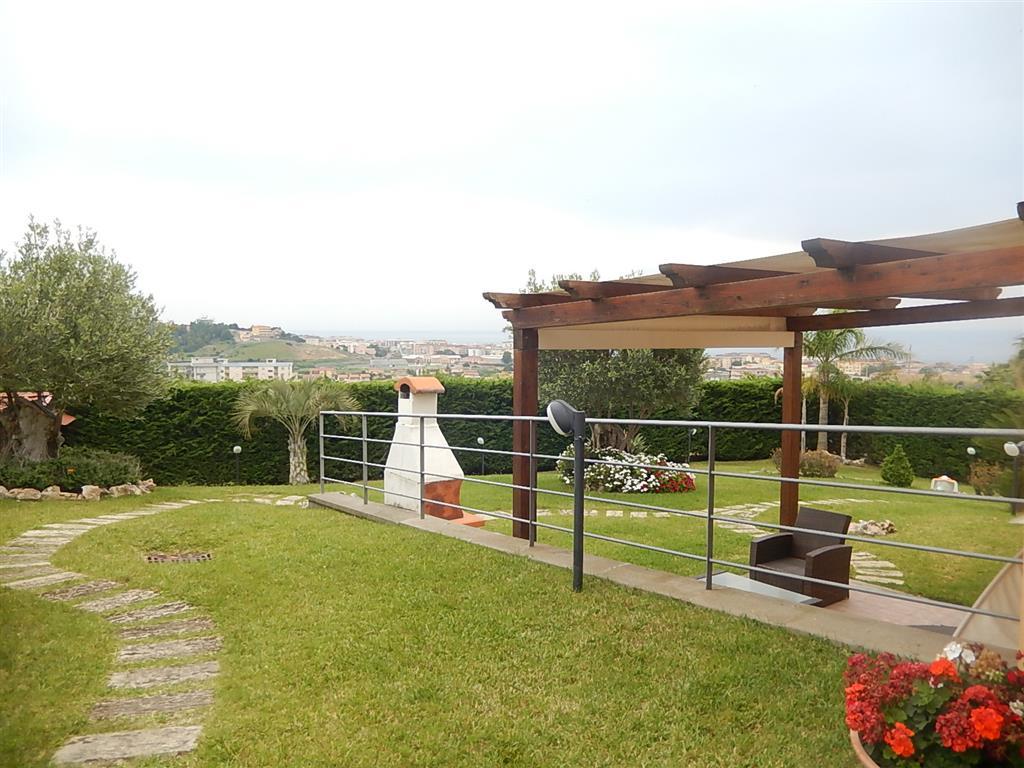 Villa, Catanzaro Lido, Catanzaro, in ottime condizioni