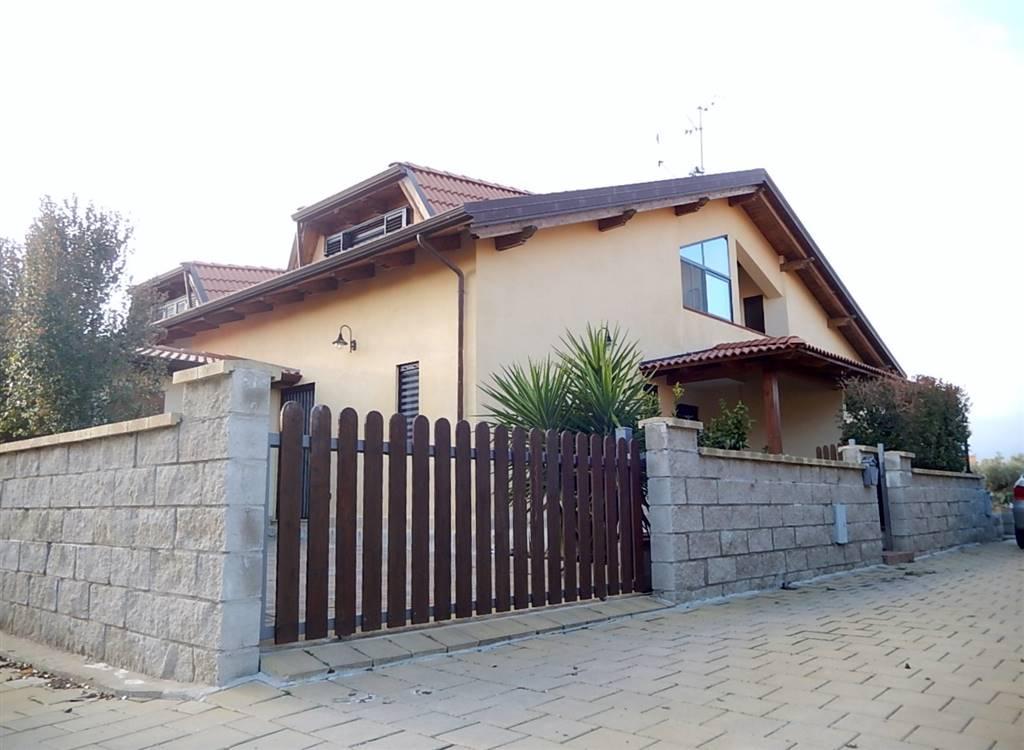 Villa a schiera in Viale Adriatico, Cropani Marina, Cropani