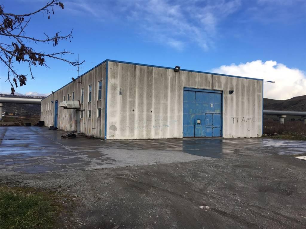 Capannoni industriali catanzaro in vendita e in affitto for Affitto capannone