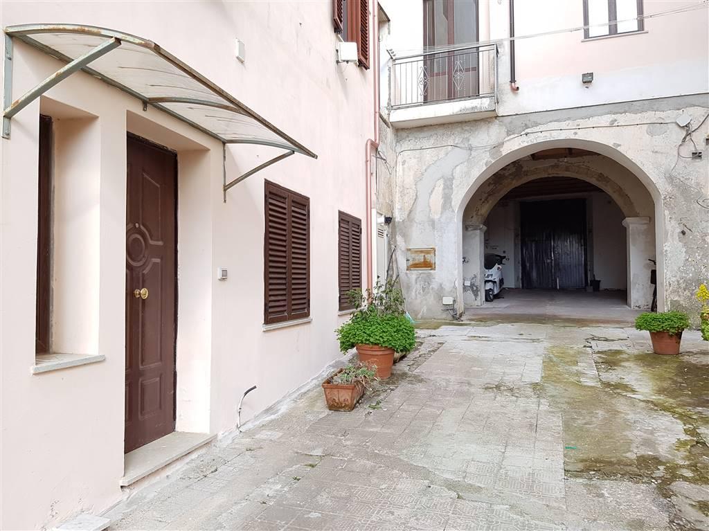 Appartamento indipendente, Centro Storico, Catanzaro, ristrutturato
