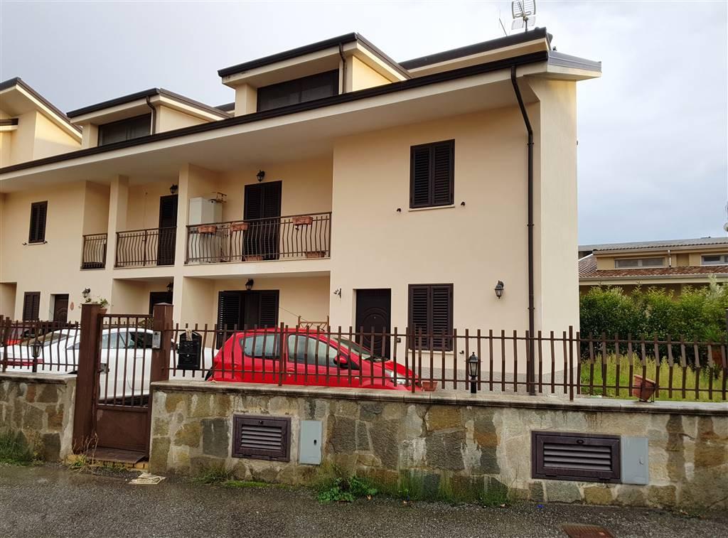 Bifamiliare in Via Trapani, Catanzaro Lido, Catanzaro