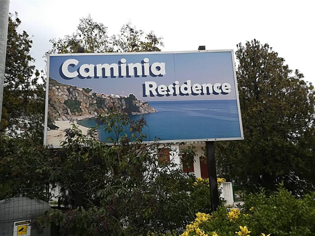 Villa a schiera, Caminia, Staletti