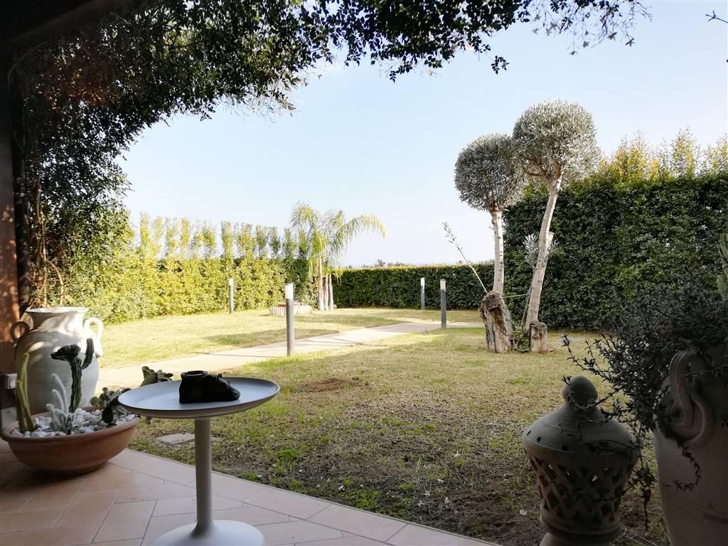 Villa, Squillace, ristrutturata