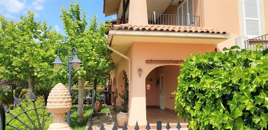 Villa a schiera, Montauro, abitabile