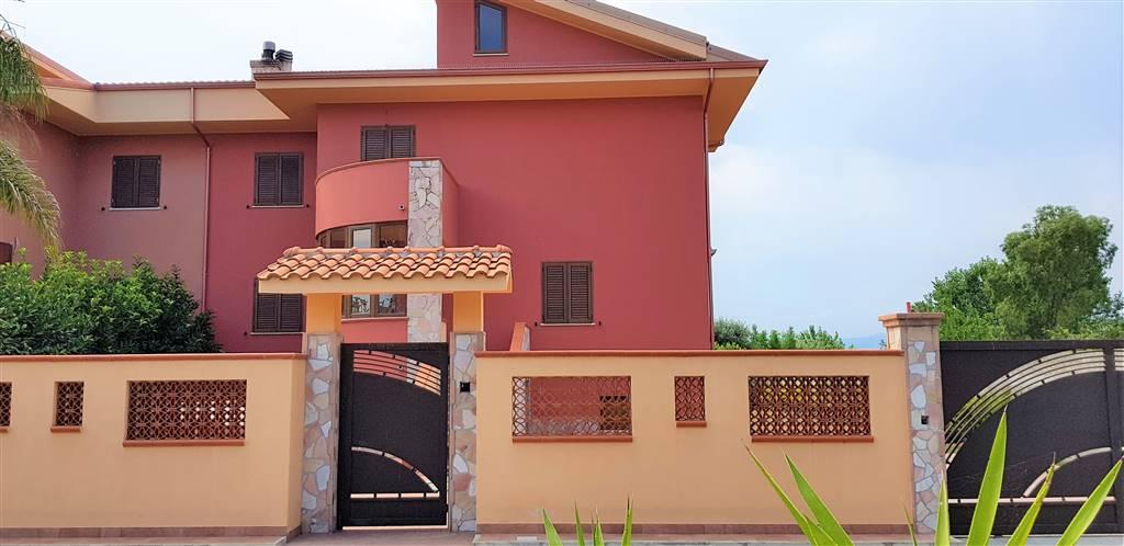 Bifamiliare, Roccelletta, Borgia, in nuova costruzione