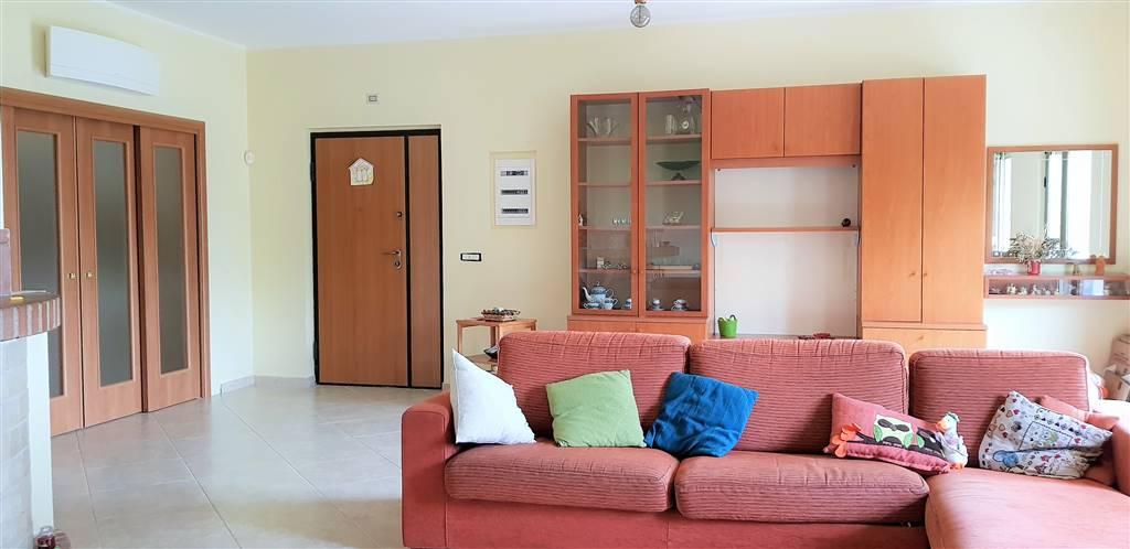 Appartamento, Soverato, in ottime condizioni