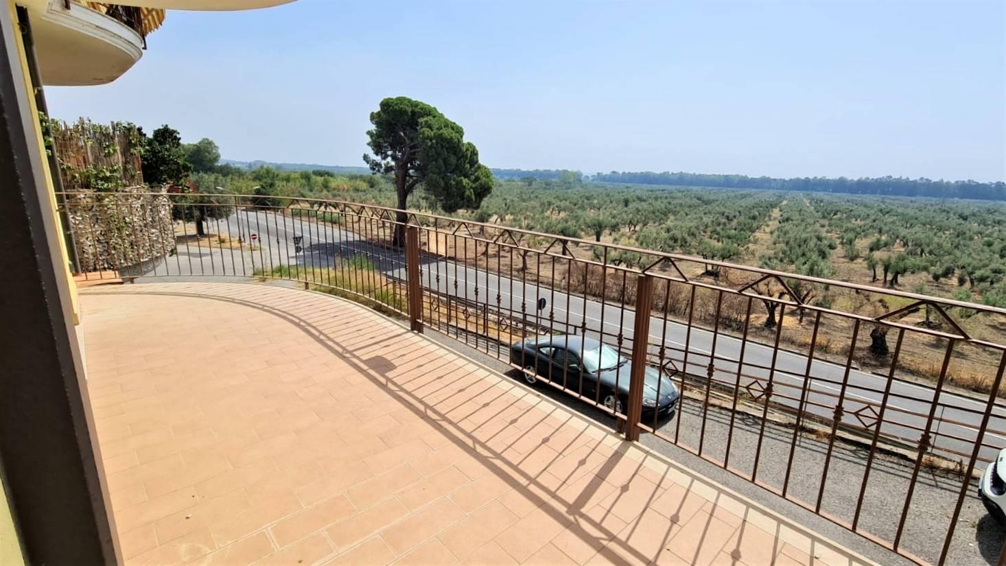 Appartamento in vendita a Squillace, 3 locali, zona Località: SQUILLACE LIDO, prezzo € 92.000   PortaleAgenzieImmobiliari.it