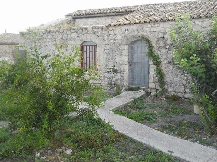 Rustico casale in C.da Diga Santa Rosalia, Ragusa
