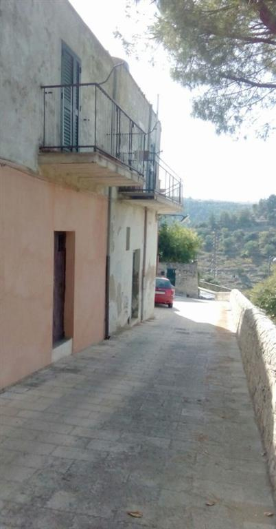 Casa singola in Via Oriani -  34, Ibla, Ragusa