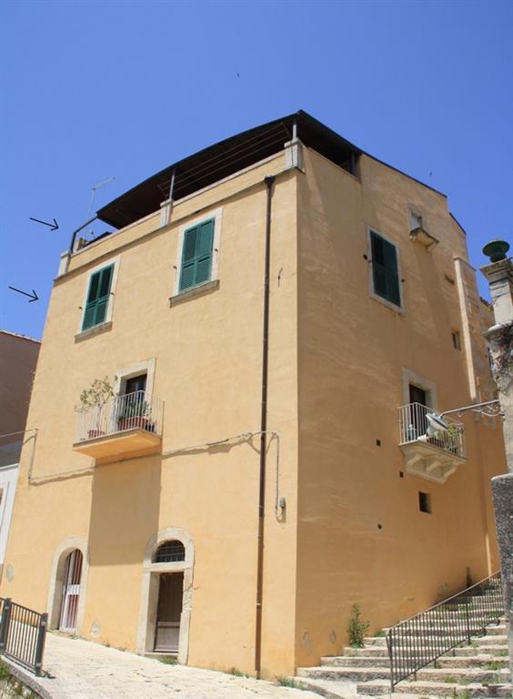 Casa semi indipendente in Via Pescheria 31, Centro, Ragusa