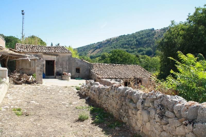 Rustico casale in C.da Carrubbazzo - Arancelli, Ibla, Ragusa