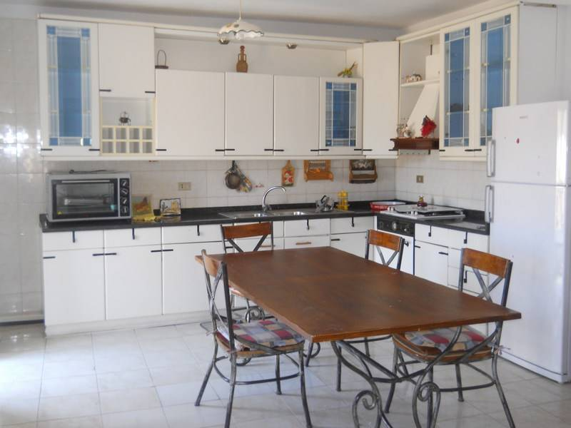 Casa semi indipendente in Via Ioppolo, Ragusa