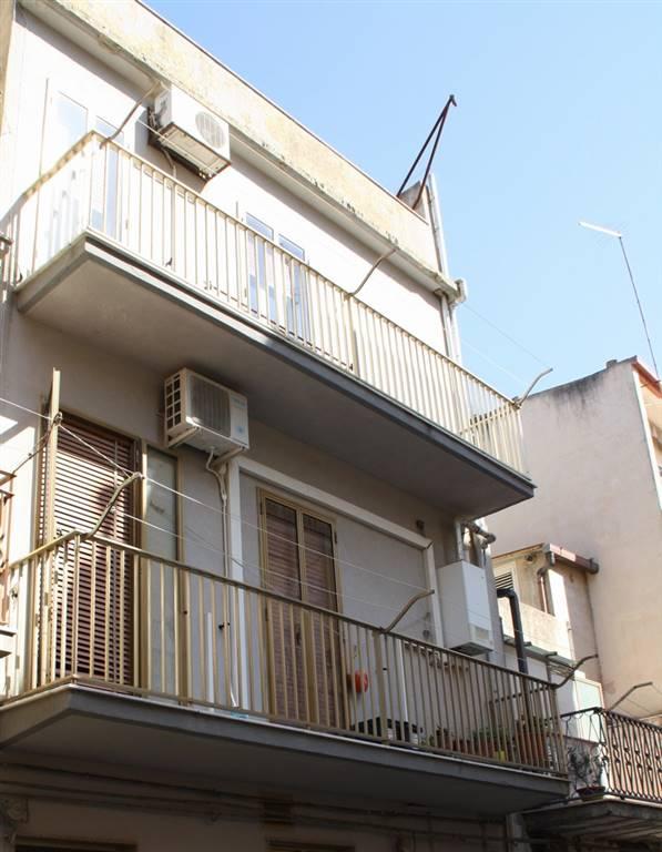 Casa semi indipendente, Ragusa, abitabile