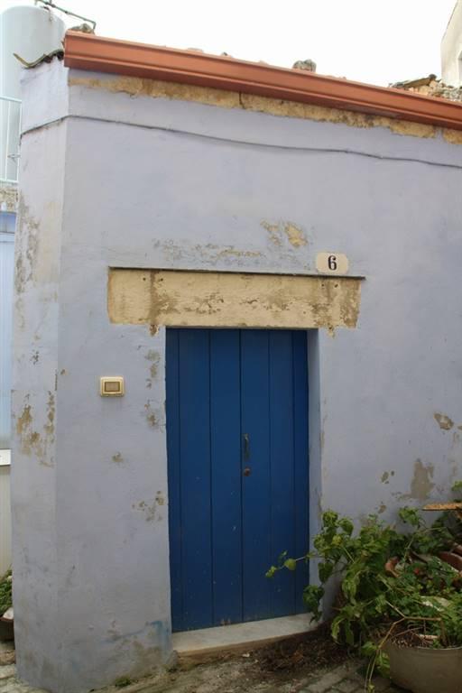 Casa singola in Chiasso Cetra  6 - 7, Ragusa