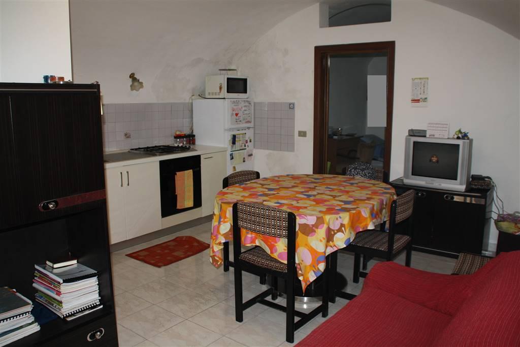 Soluzione Semindipendente in affitto a Ragusa, 2 locali, zona Località: RAGUSA IBLA, prezzo € 300 | CambioCasa.it