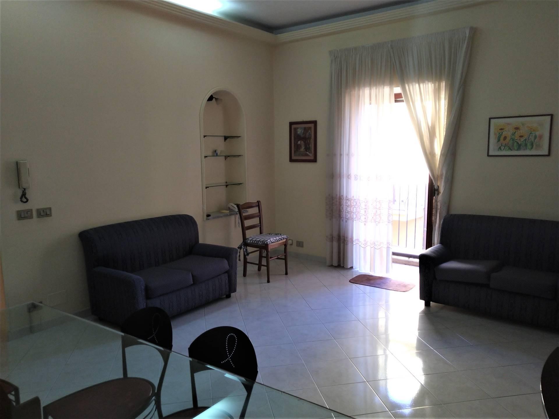 Soluzione Indipendente in affitto a Ragusa, 5 locali, zona Zona: Ibla, prezzo € 500 | CambioCasa.it
