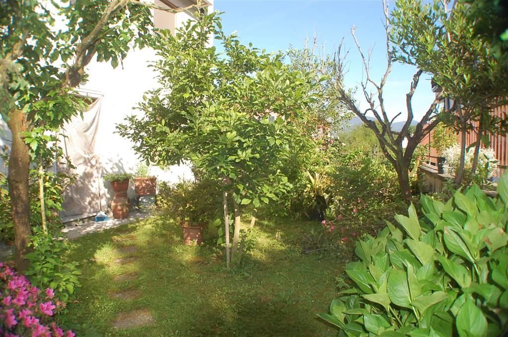 Appartamento in vendita a Aulla, 6 locali, prezzo € 115.000 | PortaleAgenzieImmobiliari.it