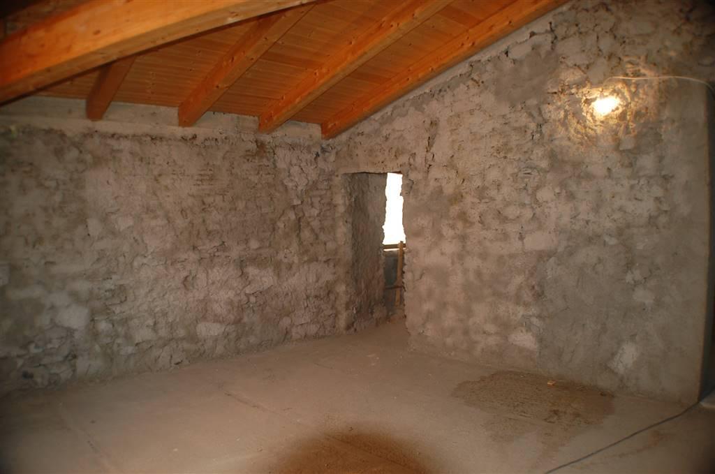 Soluzione Indipendente in vendita a Aulla, 5 locali, zona ano Magra, prezzo € 50.000   PortaleAgenzieImmobiliari.it