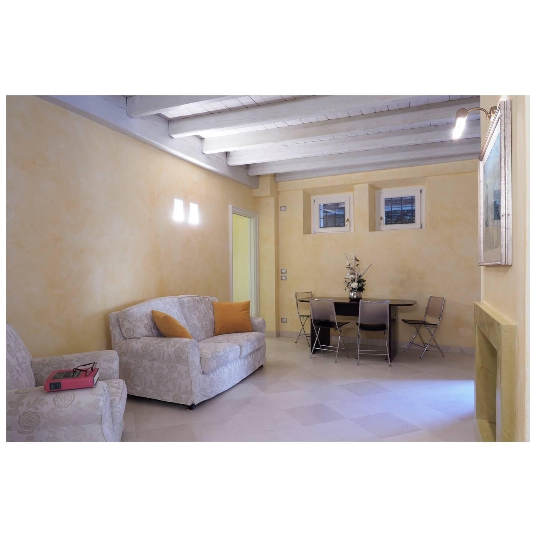 Appartamento in vendita a Aulla, 5 locali, prezzo € 190.000 | PortaleAgenzieImmobiliari.it