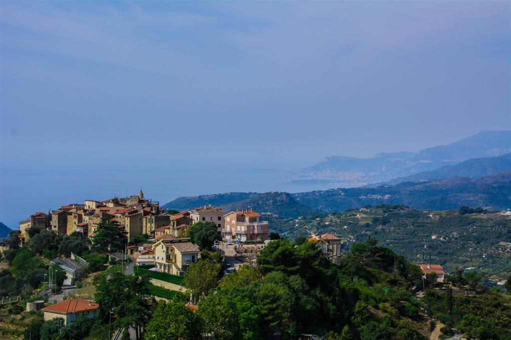 Appartamento in vendita a Seborga, 3 locali, prezzo € 140.000 | CambioCasa.it
