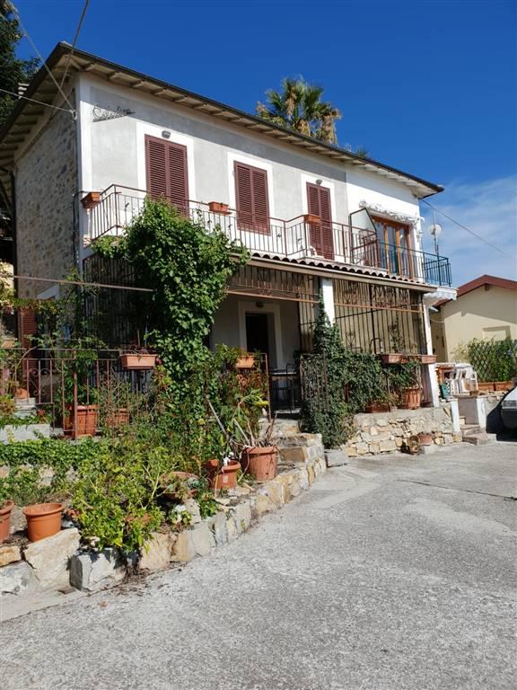 Villa in vendita a Seborga, 4 locali, prezzo € 248.000 | CambioCasa.it