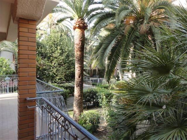 Appartamento in affitto a Bordighera, 3 locali, prezzo € 550   CambioCasa.it