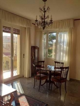 Appartamento in affitto a Bordighera, 4 locali, prezzo € 750   CambioCasa.it
