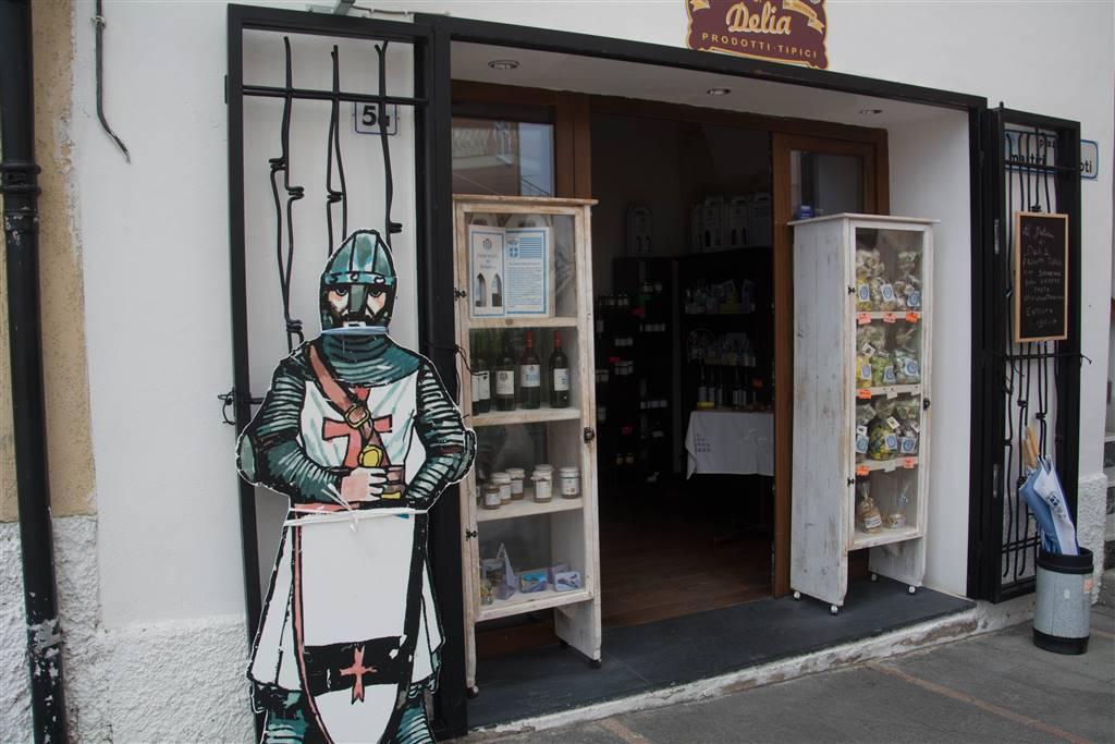 Negozio / Locale in vendita a Seborga, 2 locali, prezzo € 60.000 | CambioCasa.it