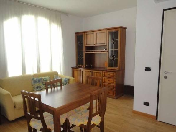 Appartamento in vendita a Bordighera, 3 locali, zona Località: CENTRO, prezzo € 230.000   CambioCasa.it