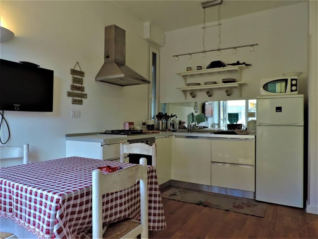 Appartamento in vendita a Bordighera, 2 locali, prezzo € 200.000   CambioCasa.it
