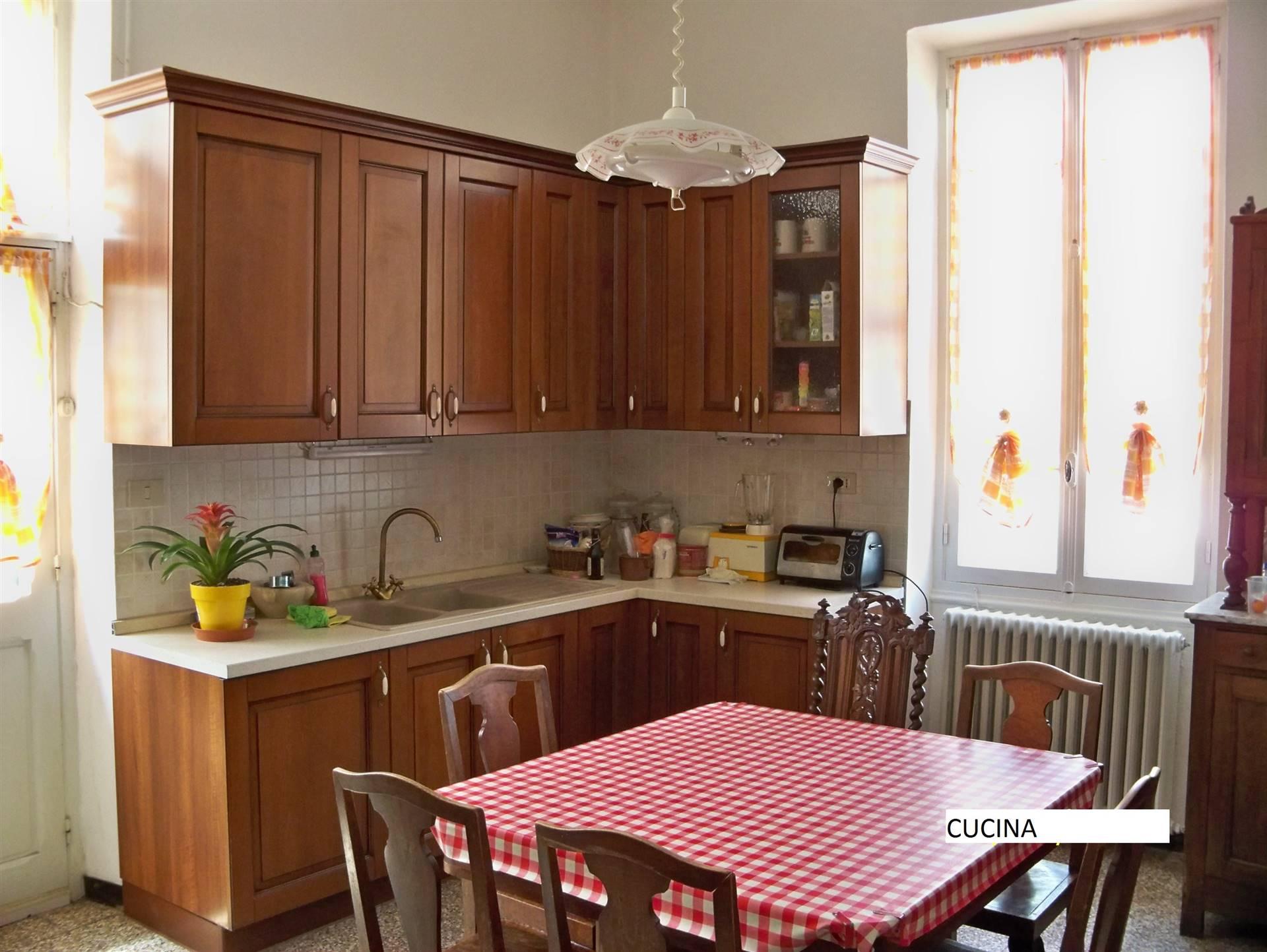 Soluzione Indipendente in vendita a Vallecrosia, 5 locali, prezzo € 510.000 | CambioCasa.it