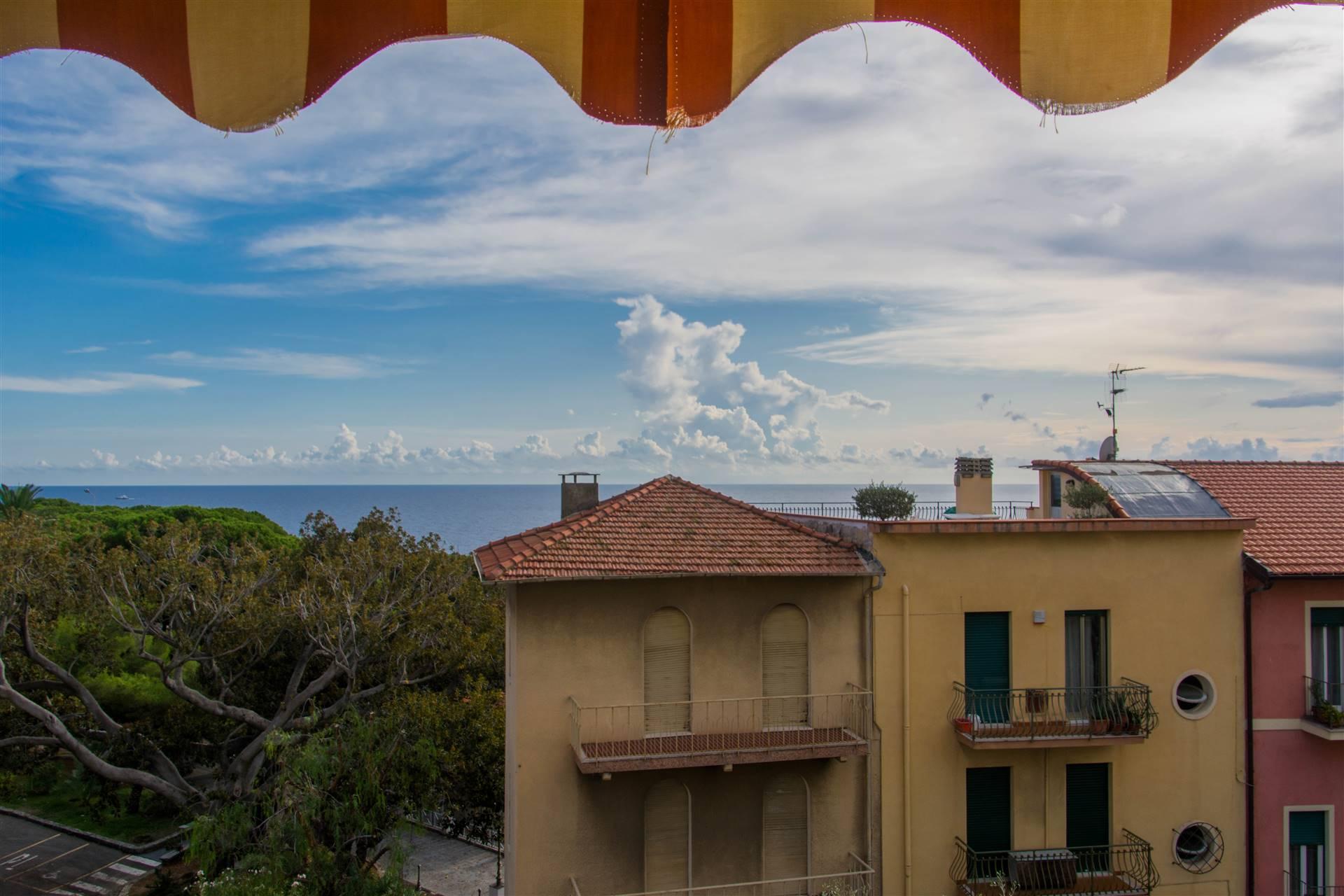 Appartamento in vendita a Bordighera, 2 locali, zona Località: BORGO STORICO, prezzo € 140.000 | PortaleAgenzieImmobiliari.it