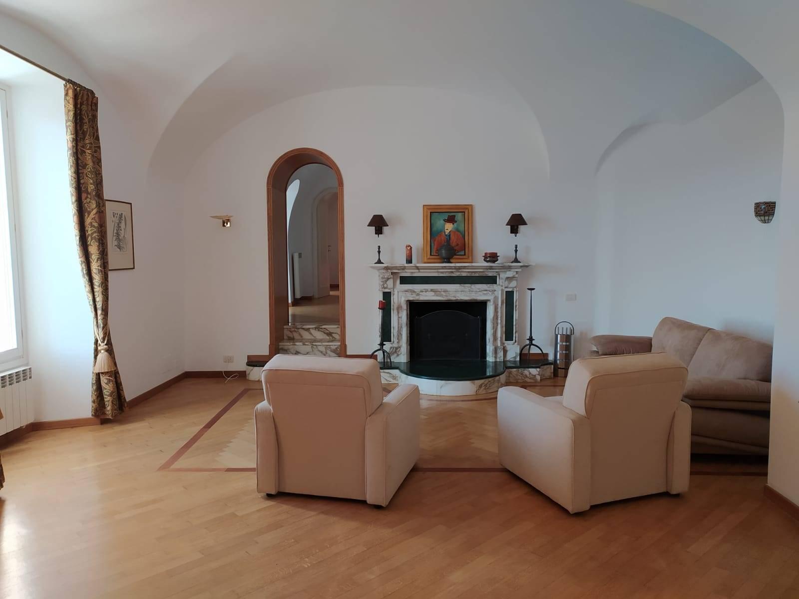 Appartamento in vendita a Seborga, 3 locali, prezzo € 218.000 | CambioCasa.it