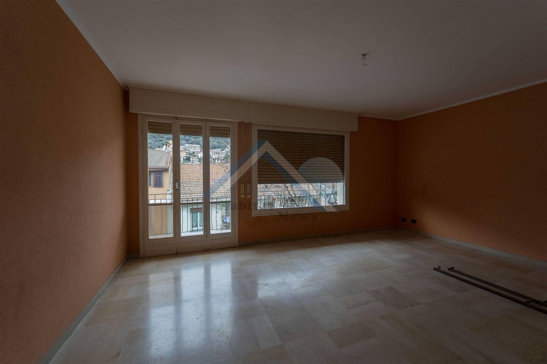 Appartamento in vendita a Camporosso, 6 locali, prezzo € 220.000 | PortaleAgenzieImmobiliari.it