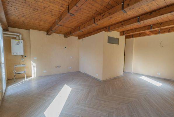Soluzione Indipendente in vendita a Seborga, 9 locali, prezzo € 270.000   PortaleAgenzieImmobiliari.it