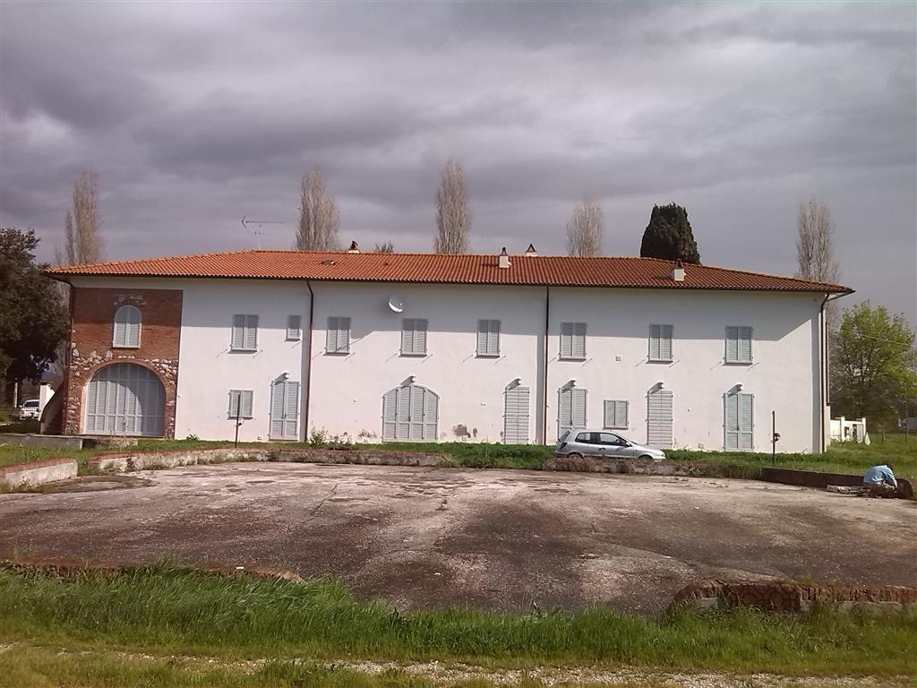 Trilocale, San Giuliano Terme, ristrutturato